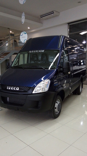 iveco daily furgon 12 m3, y 12 cheques $53.700