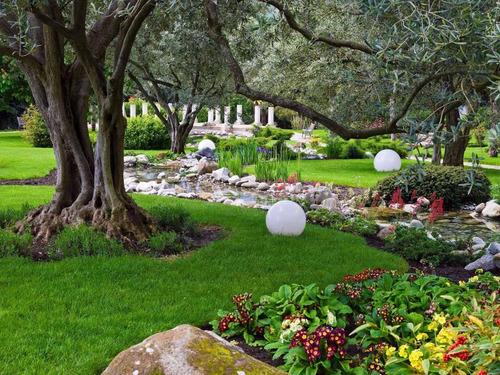 jardinería, limpieza de terrenos , parques empresas.