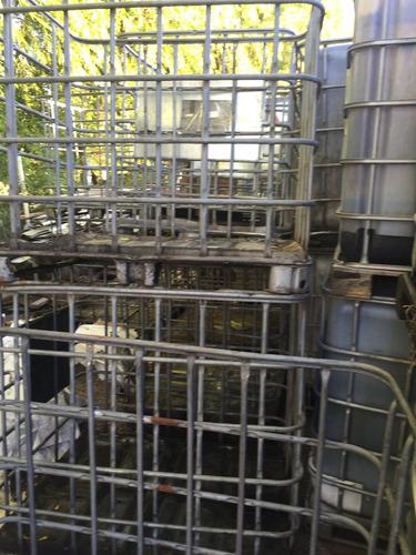 jaula de tanque plastico de 1000 litros