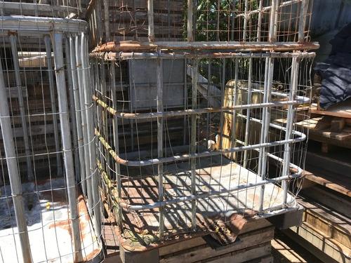 jaulas de tanques de 1000 litros miden 1mt por1,20mt x 1mt h