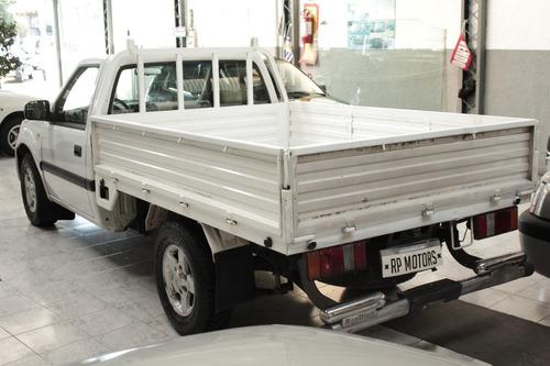jmc pick up 2010 diesel motor: 2.8 turbo full aire ac