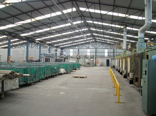 j.s. local industrial en ruta 5