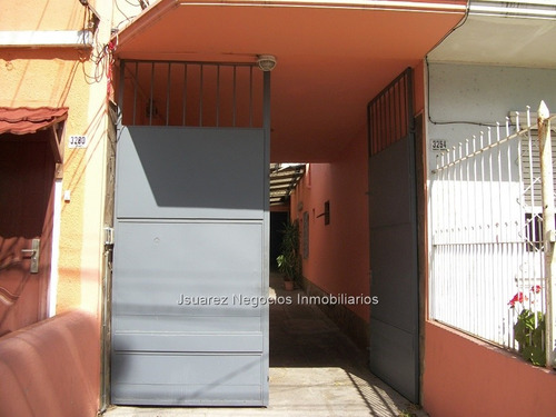 j.s. local industrial y casa en aires puros