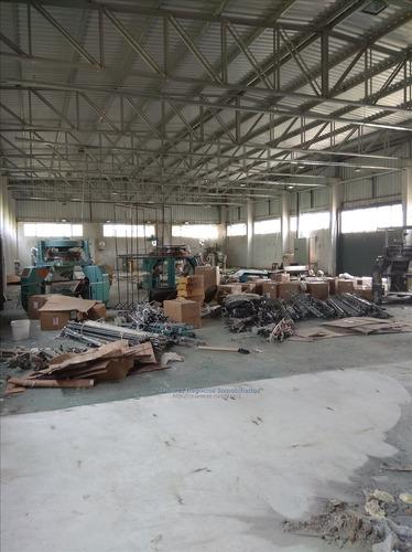 j.s. local industrial  zona peñarol
