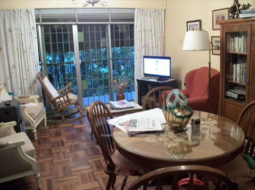 j.s. venta apartamento 2 + servicio al frente cordon