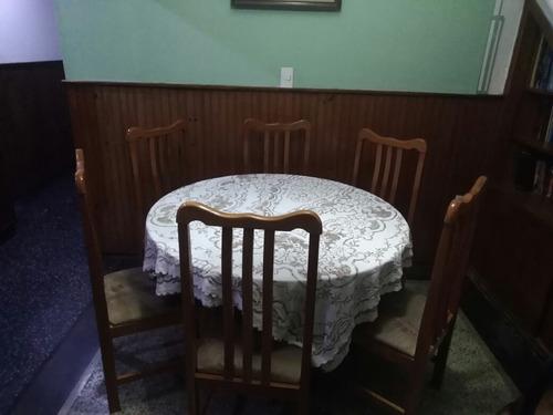 Juego De Comedor En Buen Estado , Con 6 Sillas Mesa Grande. - $ 6.500,00