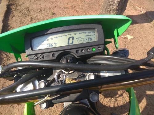 kawasaki 250cc, acepto permuta por camioneta.