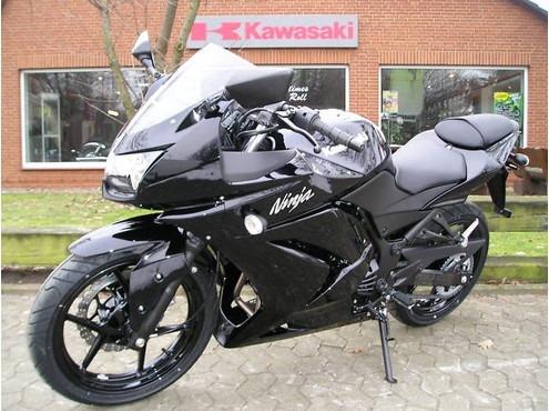 kawasaki ninja 250 moto