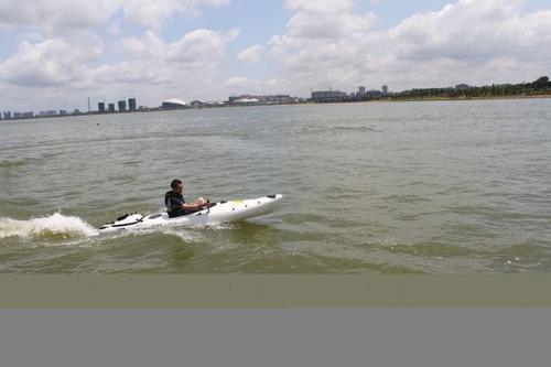 kayak y canoa  motor 125cc