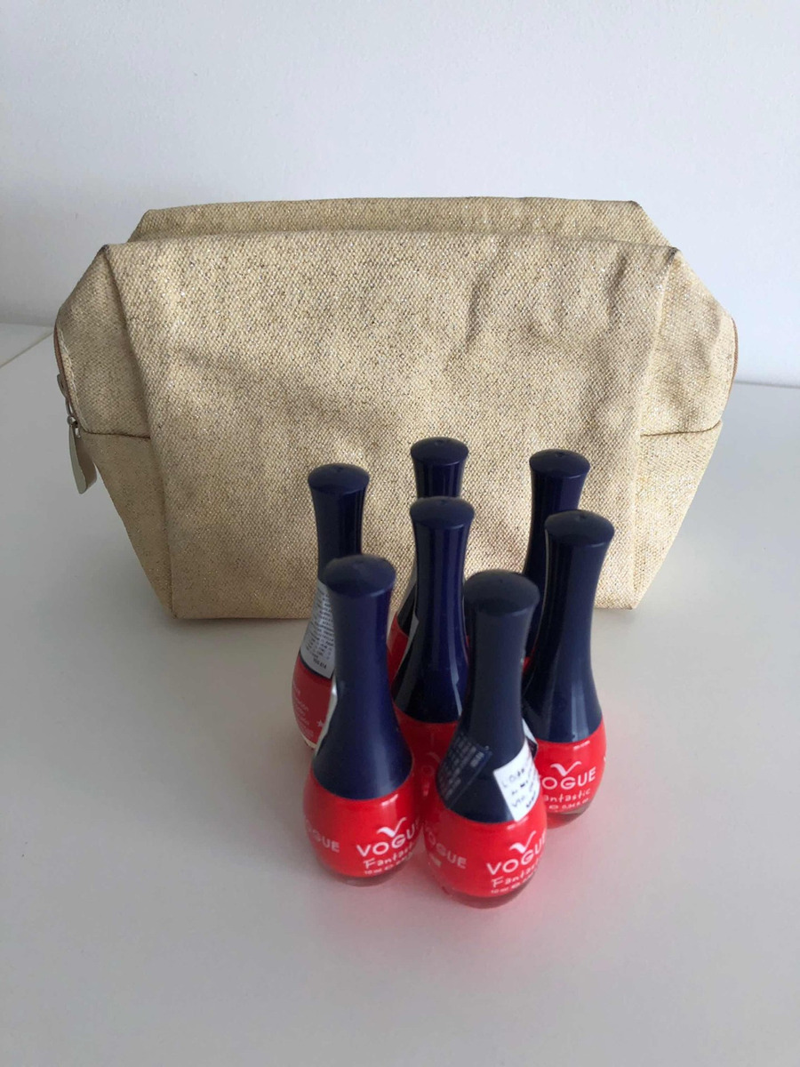 7b9a619768 Kit De 7 Esmaltes Rojos Vogue Con Necessaire Vichy De Regalo - $ 350 ...