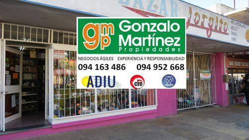 la paz centro. venta de gran local comercial en avenida.