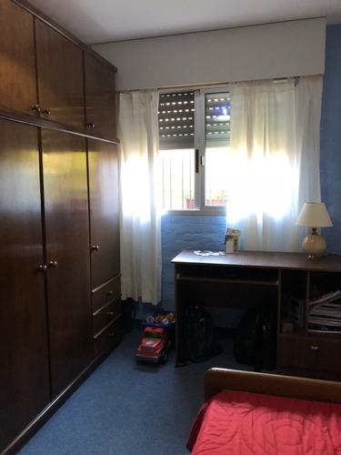 la paz excelente  apto 3 dormitorios a metros de av. artigas