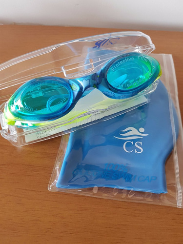 lentes de natación ,gorra y mochilita divinos!!