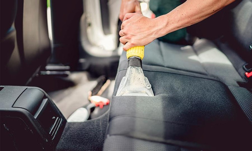 limpieza completa de tapizados de autos a domicilio