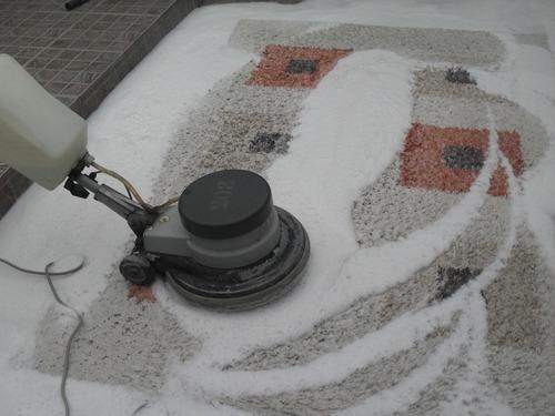limpieza de sillones y moquettes