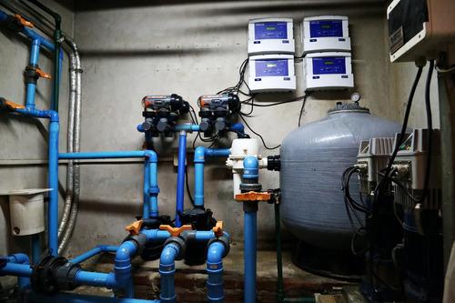 limpieza y mantenimiento de piscinas, agua verde o turbia?