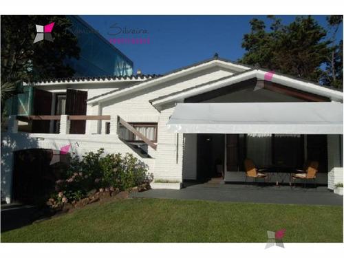 linda casa , cerca de todo !! a pasos del shopping  - ref: 7807