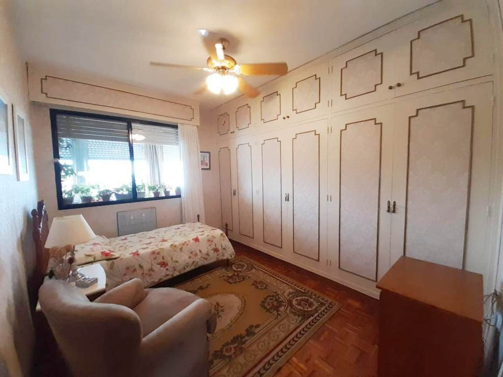 linda casa con garaje en malvín!