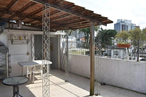 linda, en muy buen punto, terraza exclusiva con parrillero!!