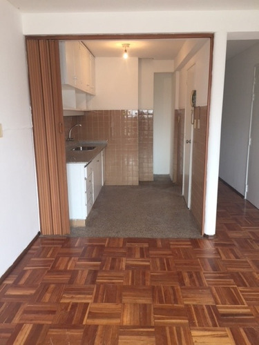 lindo apartamento, bien cuidado, luminoso  a pasos de av. br