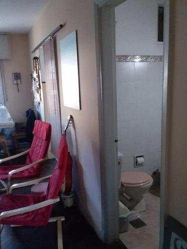 lindo apartamento en planta alta 1 dormitorio