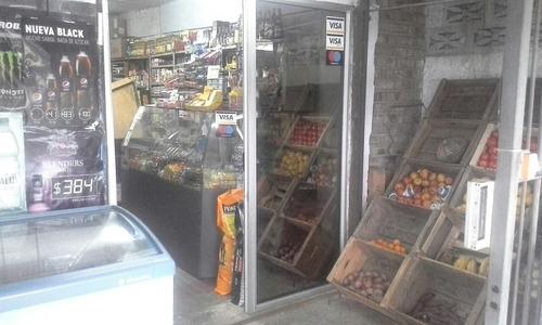 llave e instalaciones de almacén en piedras blancas.