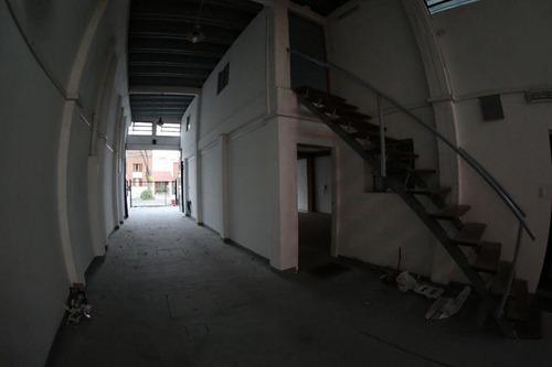 local brazo oriental venta el iniciador y burgues, próx. nuevocentro- construcción de primera