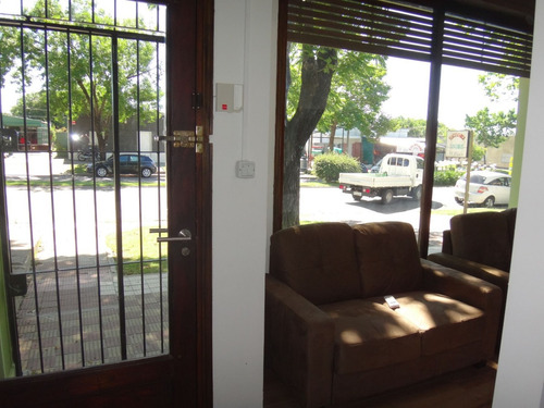 local comercial en avda alvariza