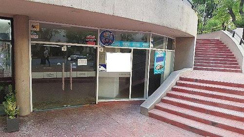 local comercial en avenida brasil y berro