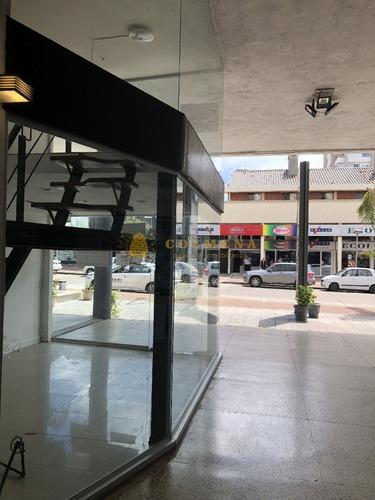 local comercial en gorlero frente a la calle. - ref: 792