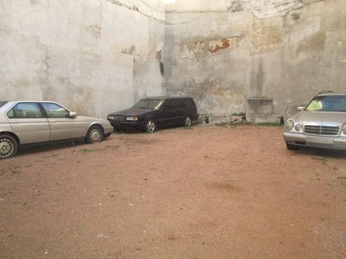 local comercial en p.u con deposito y entrada para vehículos