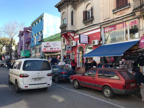 local comercial en venta en arenal grande esquina libres. villa muñoz