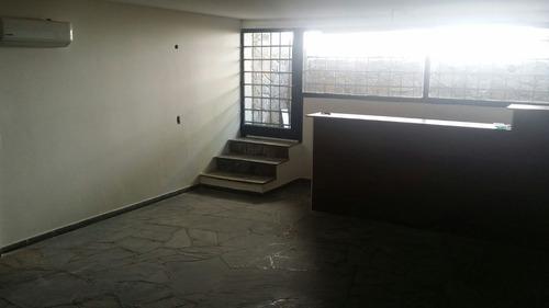 local comercial u oficina sobre avda. bolivia
