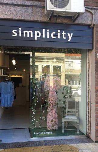 local comercial zona shopping punta carretas, montevideo.  - ref: 2448