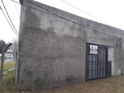 local con acceso para camiones en h.areco y bellinzon