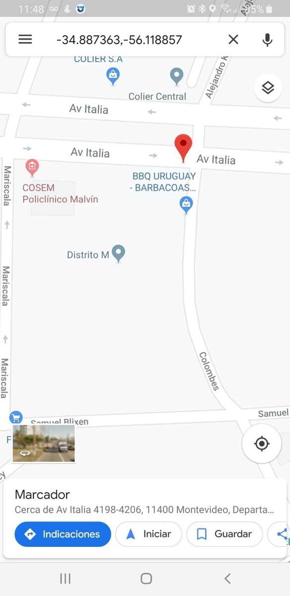 local en barrio malvin av italia y colombes