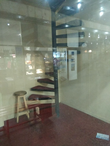 local en galeria