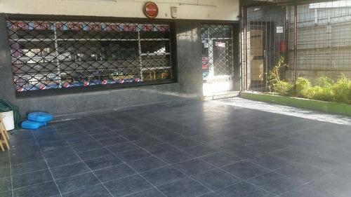 local en malvin prox a nuevo shop de av italia y mariscala