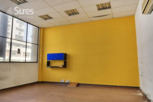 locales comerciales alquiler centro montevideo edificio de oficinas con local comercial sobre 18 de julio
