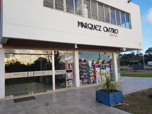 locales y oficinas en galería márquez castro - solymar