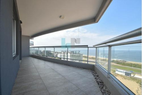 look tower imperdible! 3 dormitorios + dependencia a estrenar. brava punta del este. - ref: 8173
