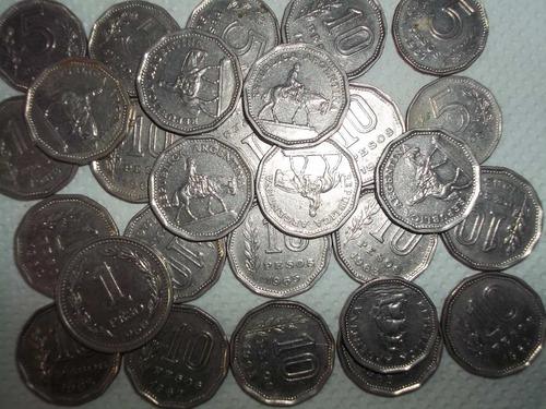 lote 28 monedas antiguas (1960, 1963 y 1964) de argentina!!!