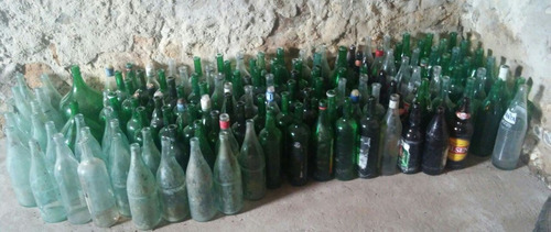 lote de botellas de vidrio