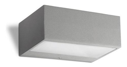 luminaria de adosar a pared nemesis leds-c4 en aluminio