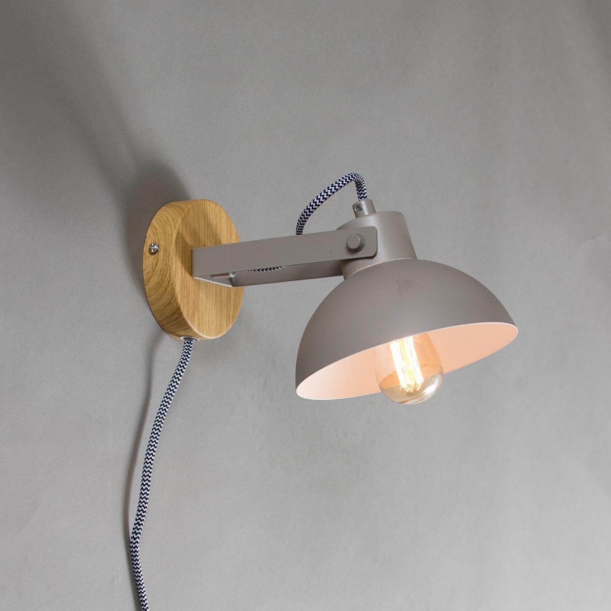 7ba88ca8334 Luminaria De Pared Gris Metal Con Aplique Simil Madera Zum -   1.250 ...