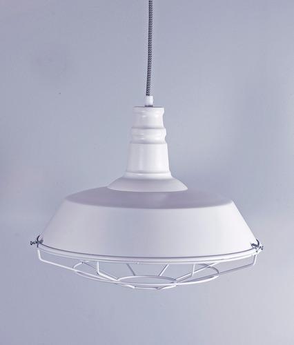 luminaria galponera blanca metal zum