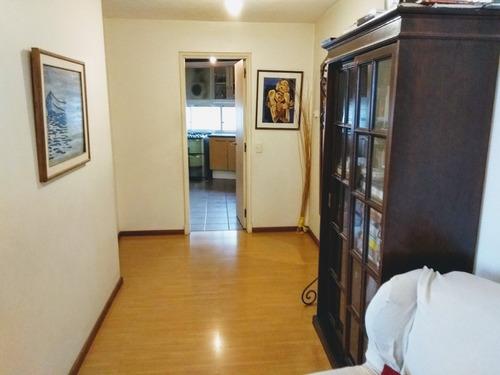 luminoso apartamento de categoría con diseño