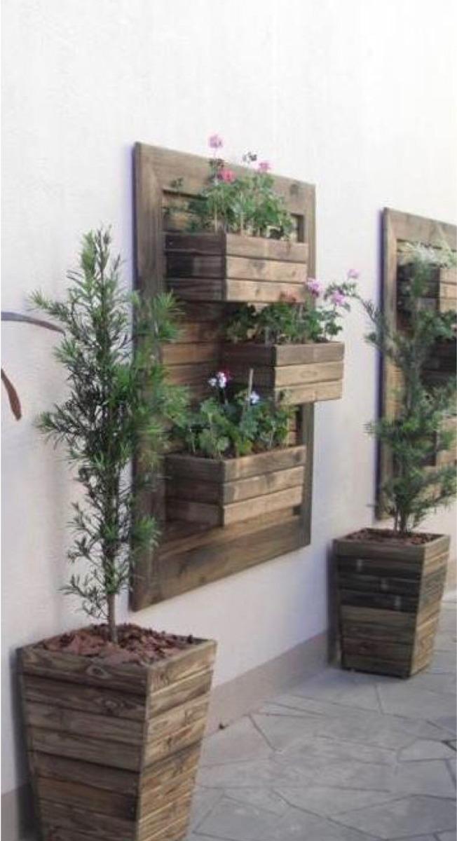 Macetero de piso y pared de palet en mercado - Maceteros de pared ...