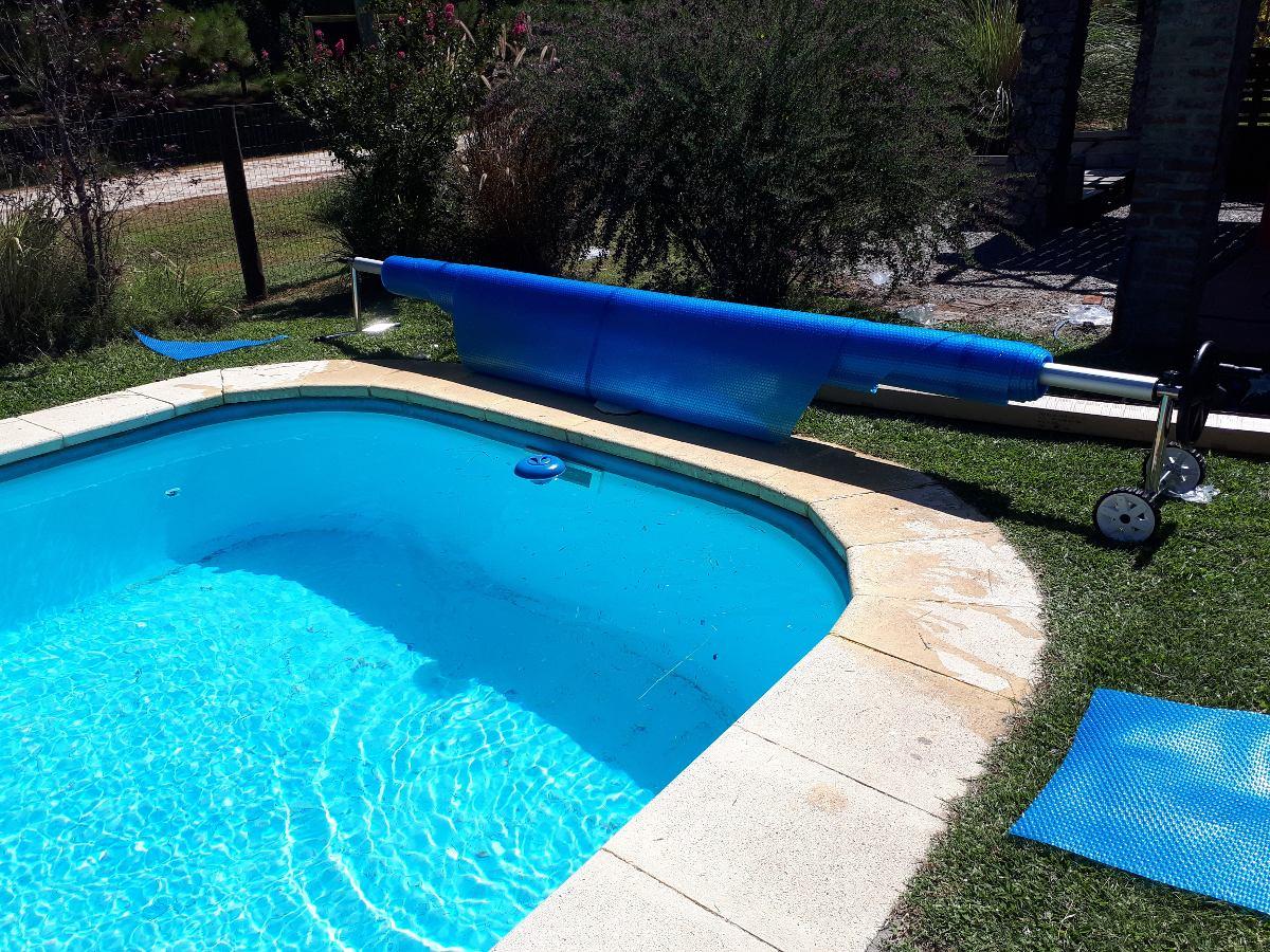 91caf3d765540 manta termica 600 micrones piscina oferta de temporada baja. Cargando zoom.