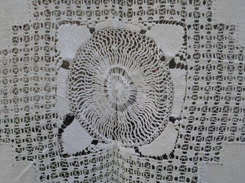 mantel antiguo hecho a mano divino ( d367)